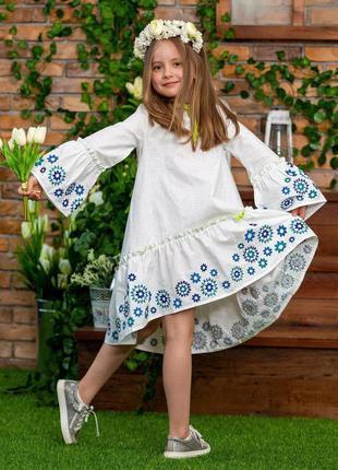 Платье с вышивкой свободный крой натуральная ткань