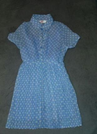 Детское платье на 5-6 лет