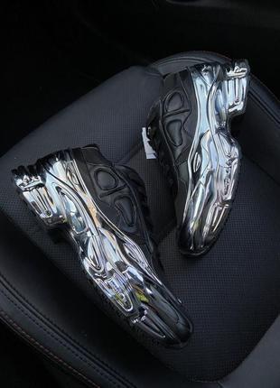 Невероятно красивые женские кроссовки adidas raf simons ozweeg...