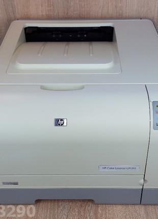 Цветной принтер HP Color LaserJet CP1215 Практически новый. Га...