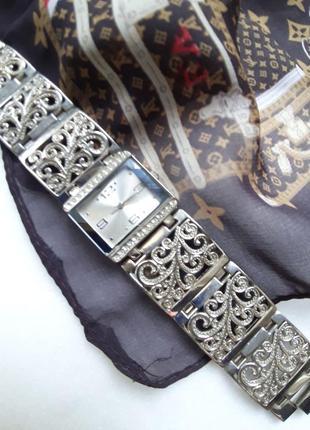Женские наручные кварцевые часы на широком браслете stainless ...