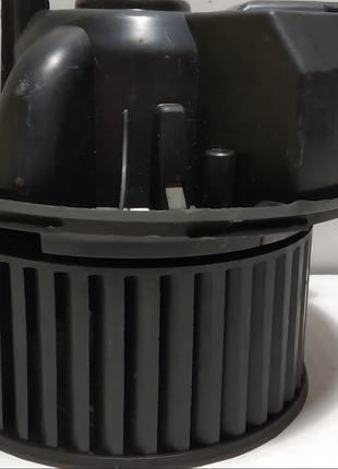 Вентилятор салона AUDI A3 Sportback рестайл 1K1820015