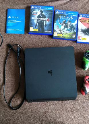 PS4 Slim с Аккаунтом