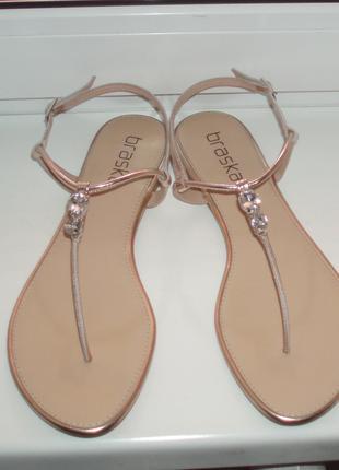 Кожаные сандалии босоножки украинский бренд  40 р - 26 см стелька