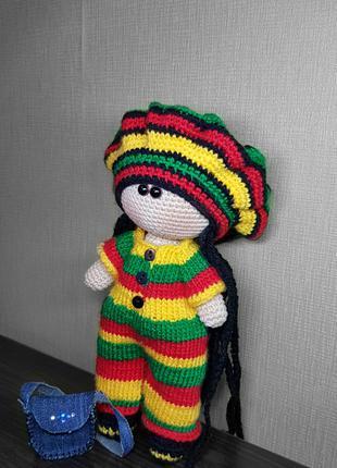 Вязанная кукла Боб