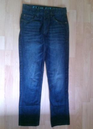 Фирменные джинсы слим