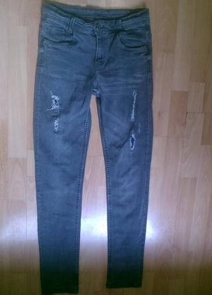 Фирменные джинсы рваные 12-13 лет