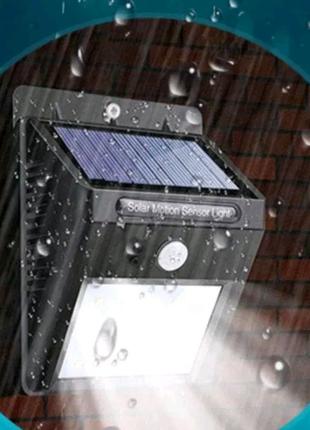 Светодиодный прожектор солнечной батарее,фонарь датчиком движения