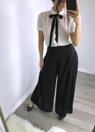 Крутые фирмовые брюки с карманами! msch