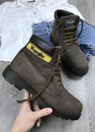 Качественные ботинки wrangler