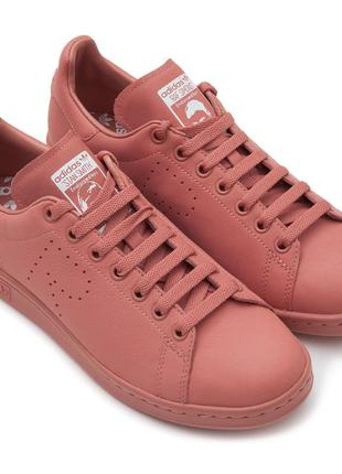Кроссовки adidas, размер 38.