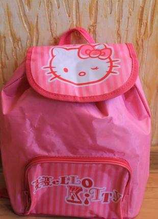 Детский рюкзачок hello kitty.