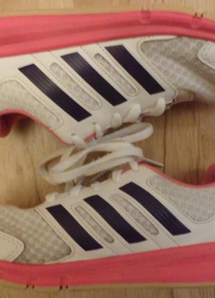 Кроссовки adidas, размер 32
