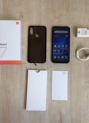 Оригинальный смартфон Xiaomi Redmi 7 Black полный комплект сяоми