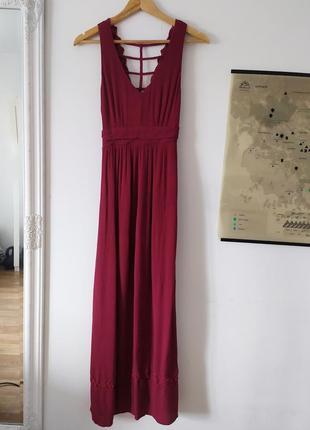 Платье длинное с кружевом в стиле бохо