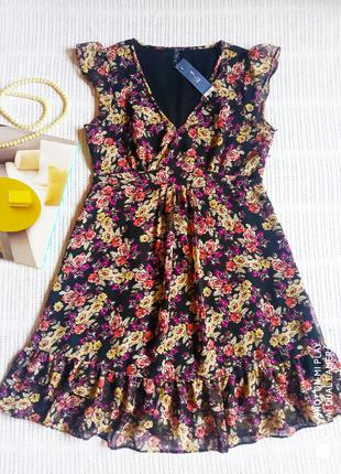 Чёрное шифоновое платье с цветами Miss E-vie