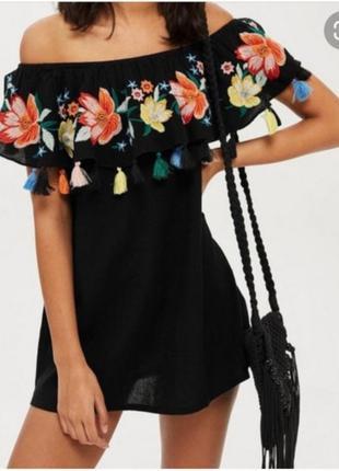 Платье с вышивкой topshop p.s