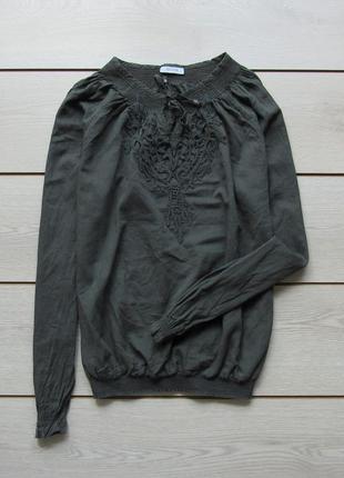 Блуза на резинке с ажурной вставкой от yessica