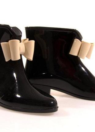 Чорні гумові чоботи y014