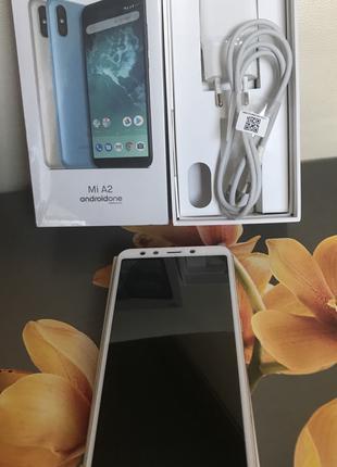 Xiaomi Mi A2 4/64GB Gold Стан Нового. Суперціна.