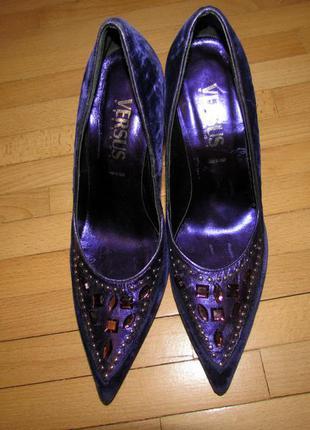 Туфли бархатные фиолетового цвета versace оригинал