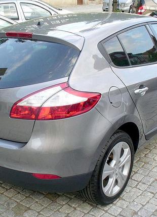 Розбираємо Renault Megane III