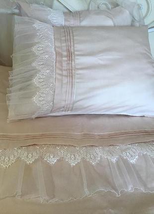 Сатиновое кружевное постельное  белье