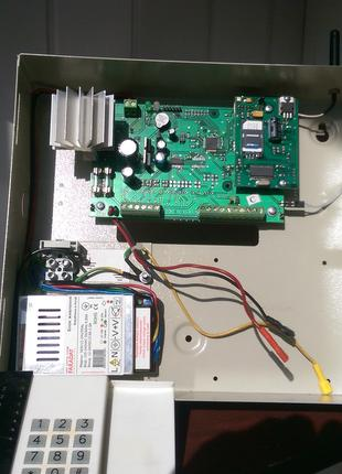 """Сигнализация """"Лунь"""" на 4 зоны охраны с GSM модулем и устройством"""