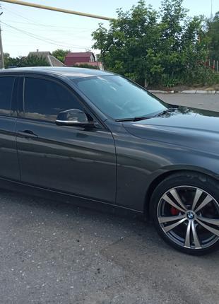 BMW f30 twin power turbo 2014