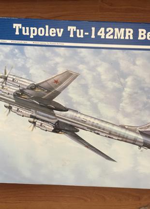 Модель самолета в 1/72, Трампетер,  Ту-142МР