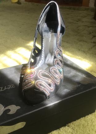 Туфли женские замшевые со стразами нарядные Miraton