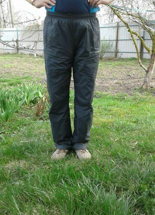 Спортивные брюки с плащёвки классического покроя