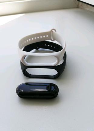 Фитнес-браслет Xiaomi Band 3 + 2 ремешка. Mi band 3