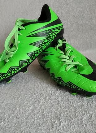 Nike. копочки. обувь для футбола.