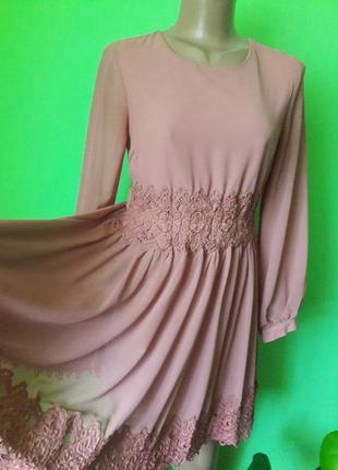 Красивое  шифоновое коктейльное платье