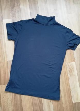 Стильная спортивная футболка мокрый асфальт