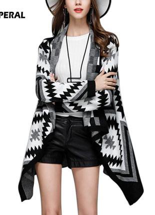 Теплый уютный  асимметричный кардиган пальто геомметрический п...