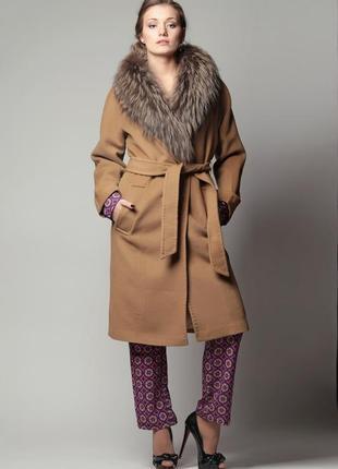 Драповое пальто с мехом ламы