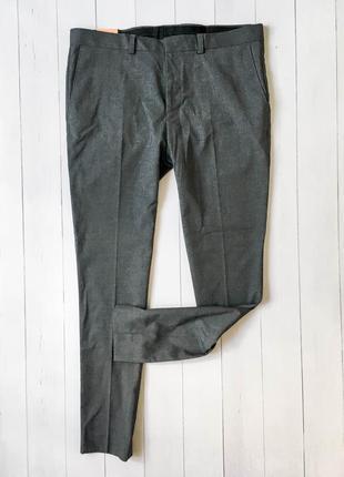 Мужские стильные зауженные деловые брюки от бренда burton. раз...