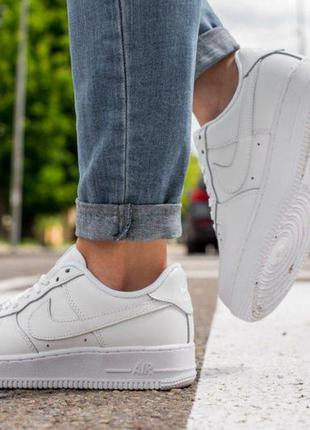 Nike air force белие