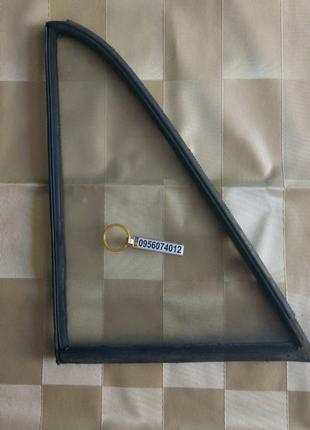Стекло задней левой двери ВАЗ Жигули классика 2101 2105 2106 2107