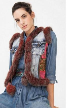 Джинсовая жилетка куртка с нат мехом desigual новая оригинал!