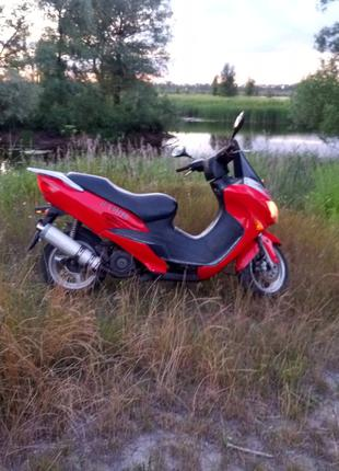 Продам скутер-мотороллер Sabur 150 мото
