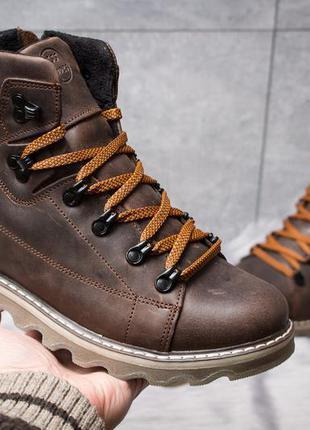 Ботинки кожаные зимние cat rider nubuck коричневые