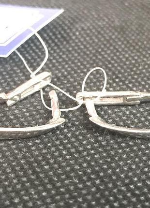 Новые красивые родированые серебряные серьги серебро 925 пробы