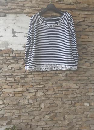 Стильный котоновый с кружевом и камнями пуловер большого размера