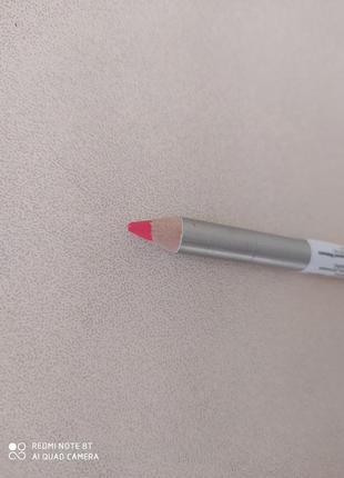 Олівець для губ, карандаш для губ красний