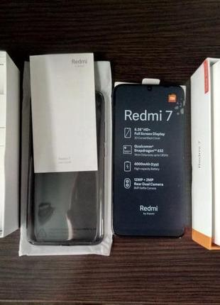 Смартфон Xiaomi Redmi 7 2/16Gb Black Global Version + чехол