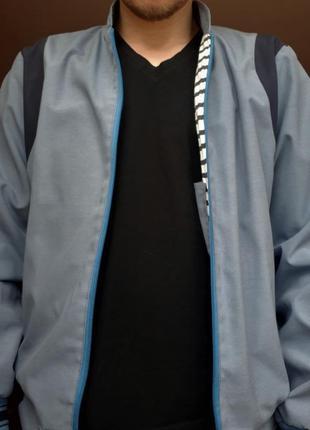 Мужская синяя легкая куртка