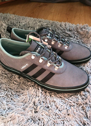 Кроссовки, кеды Adidas (Nike,puma, new balance)